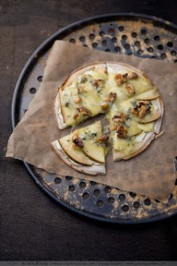 Personal Pear Pizza with Stilton & Walnuts, from Ono Kitchen